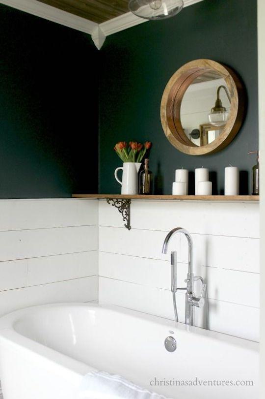 Green bathroom (jewel tones)